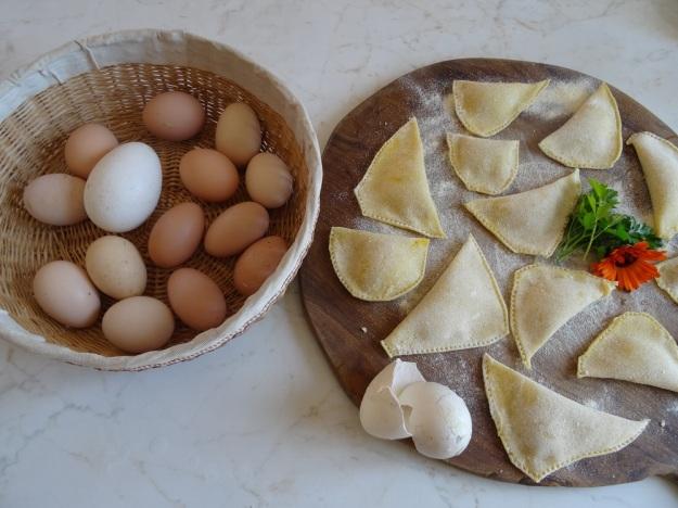 DSC04110 eggs
